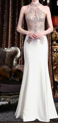 5abddcf6f فستان سهرة أنيق بصدر مزركش بالذهبي بدون اكمام