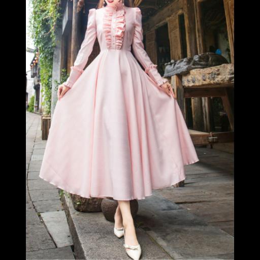 فستان كلاسيك باللون الوردي بأزرة اللؤلؤ الفخمة