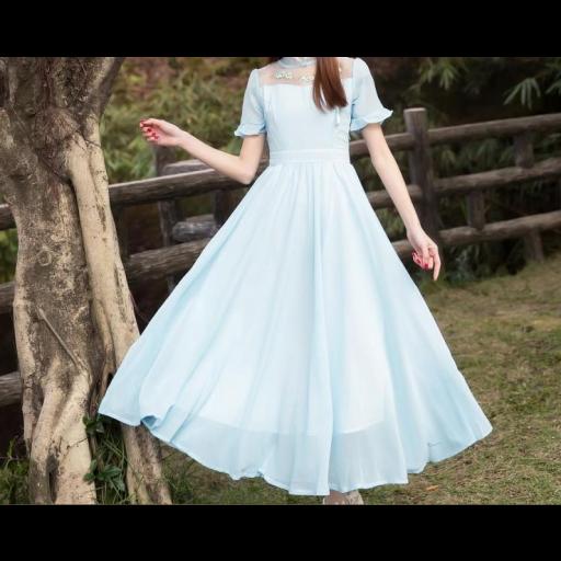 فستان الشيفون السماوي