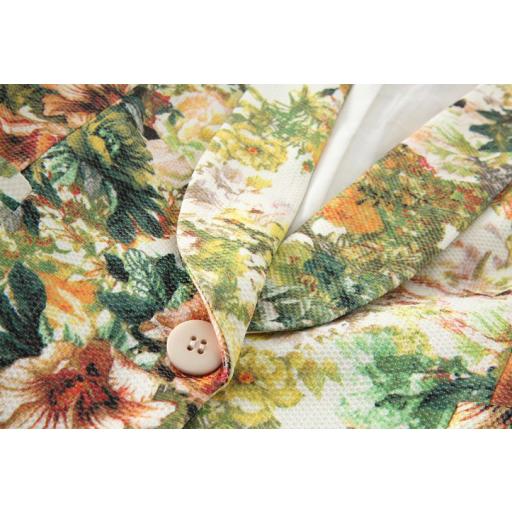 093487c00 جاكيت قصير نسائي رسومات الزهور