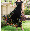 فستان الشيفون الاسود بالورود الملونة