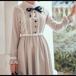 فستان خطوط الدانتيل بفيونكة سوداء