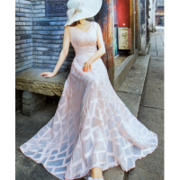 فستان وردي شيفون مشجر بدون أكمام