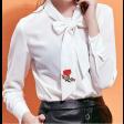 بلوزه شيفون ابيض بربطة عنق الوردة الحمراء
