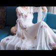 فستان التطريز المتفرق