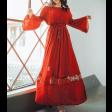 فستان طويل بتصميم غجري باللون الأحمر الغني
