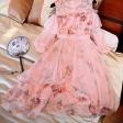 فستان شيفون الورود باللون الوردي