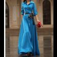 فستان أزرق عصري طويل بأزرة أمامية