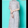 فستان الشيفون الطويل مشجر بأزرة اللؤلؤ الجانبية