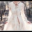 فستان الدانتيل الناعم