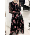 فستان مشجر أنيق بأكمام طويلة وكسرات  جذابة في منطة الصدر