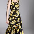فستان حرير الزهور الصفراء