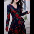 فستان الورود الحمراء