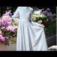 فستان سماوي طويل