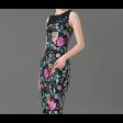 فستان تطريز الورود الكبيرة