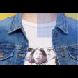 جاكيت جينز قصير ازرق غامق بأزرة ذهبية
